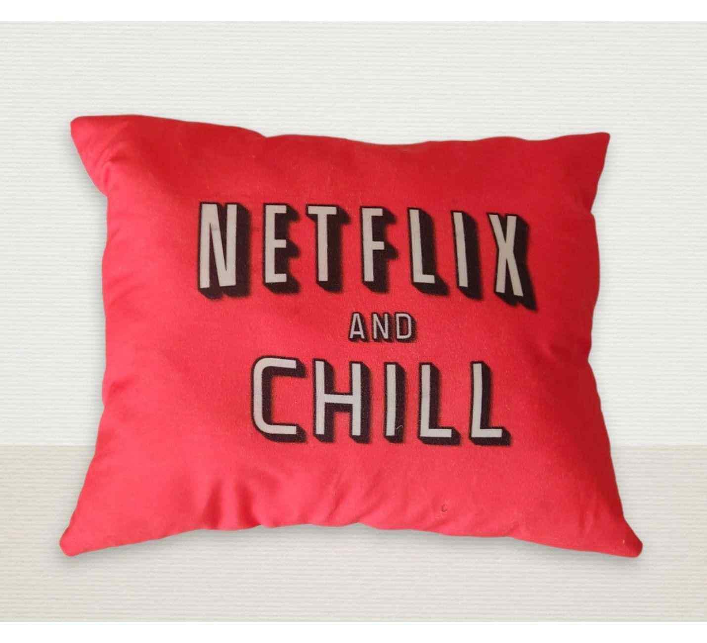 Netflix Tasarımlı Yastık