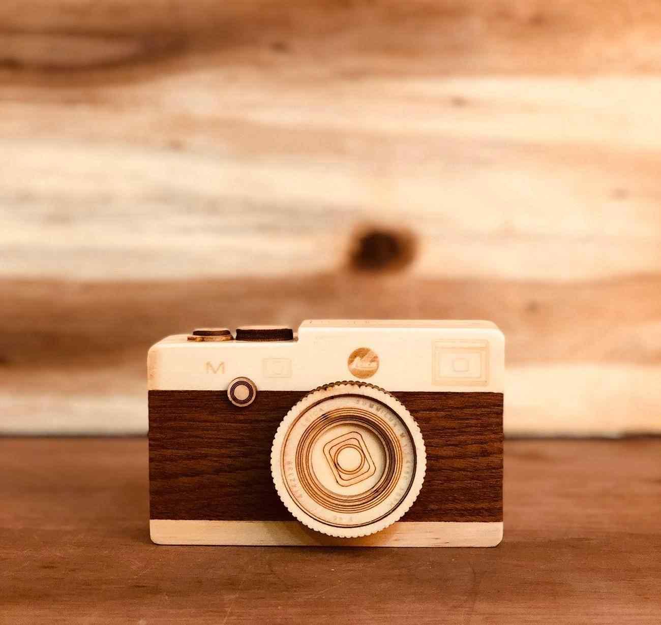 Retro Tasarım Fotoğraf Makinesi Hareketli Müzik Kutusu