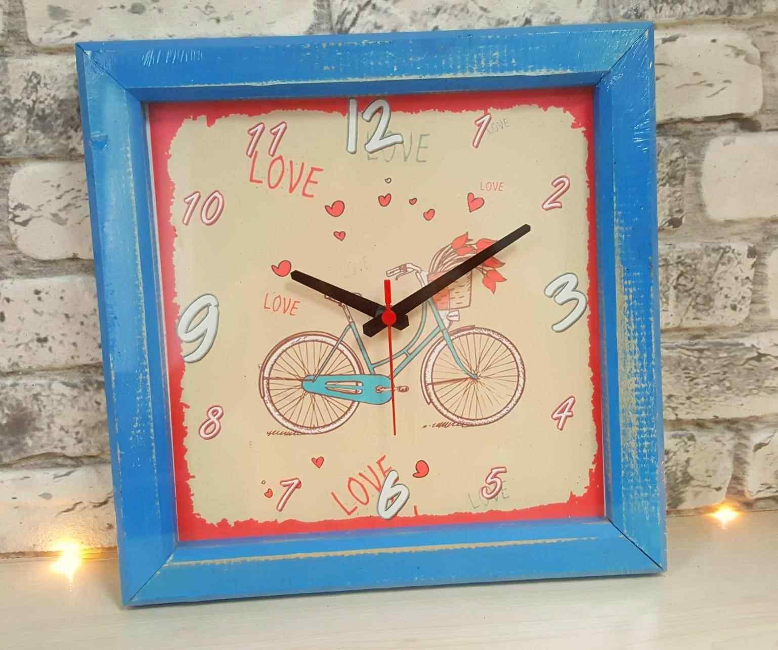Sepetli Bisiklet Love Ahşap Kare Duvar Saati