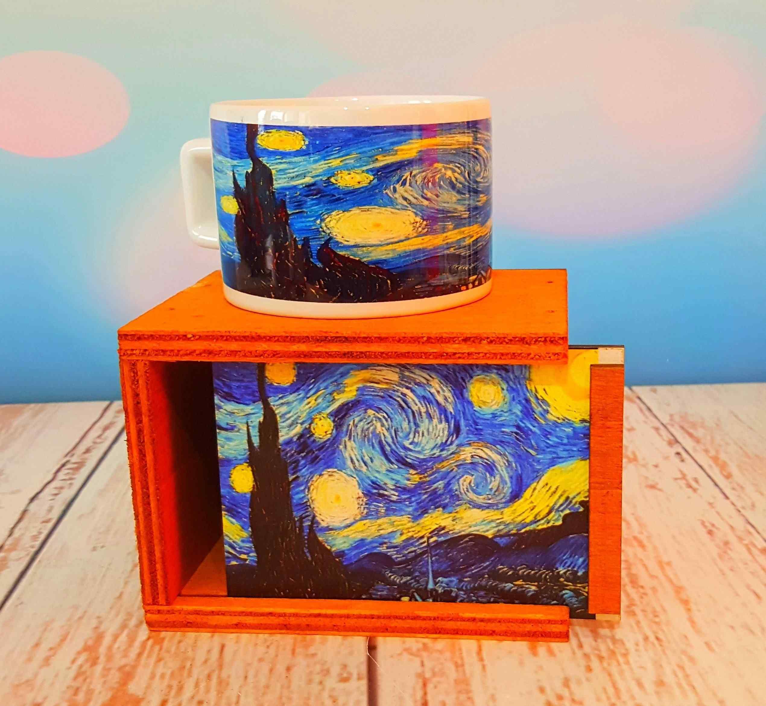 Van Gogh Tasarımlı Kutulu Kupa