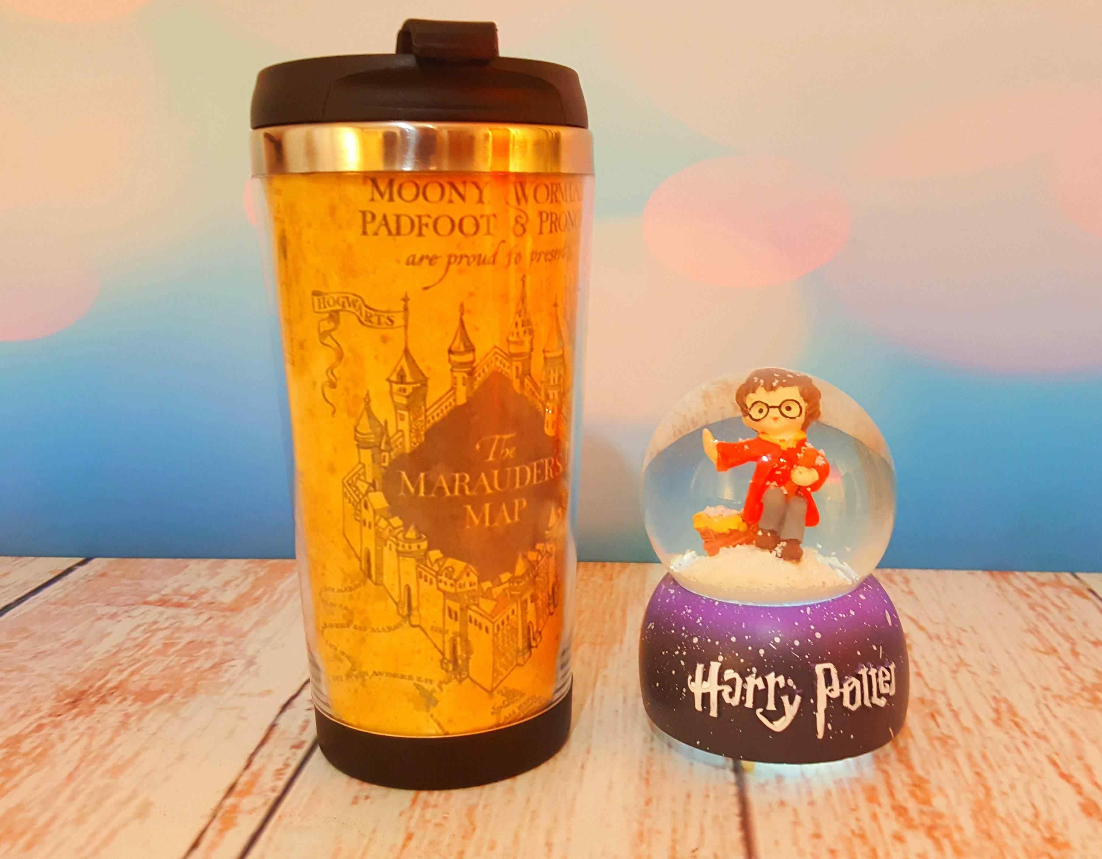 Harry Potter Küçük Boy Kar Küresi ve Harry Potter Termos Çelik Bardak