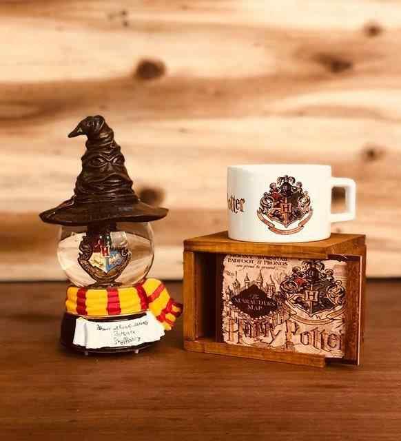 Renk değiştiren Harry potter kar küresi ve Harry Potter kutulu kupa hediye seti