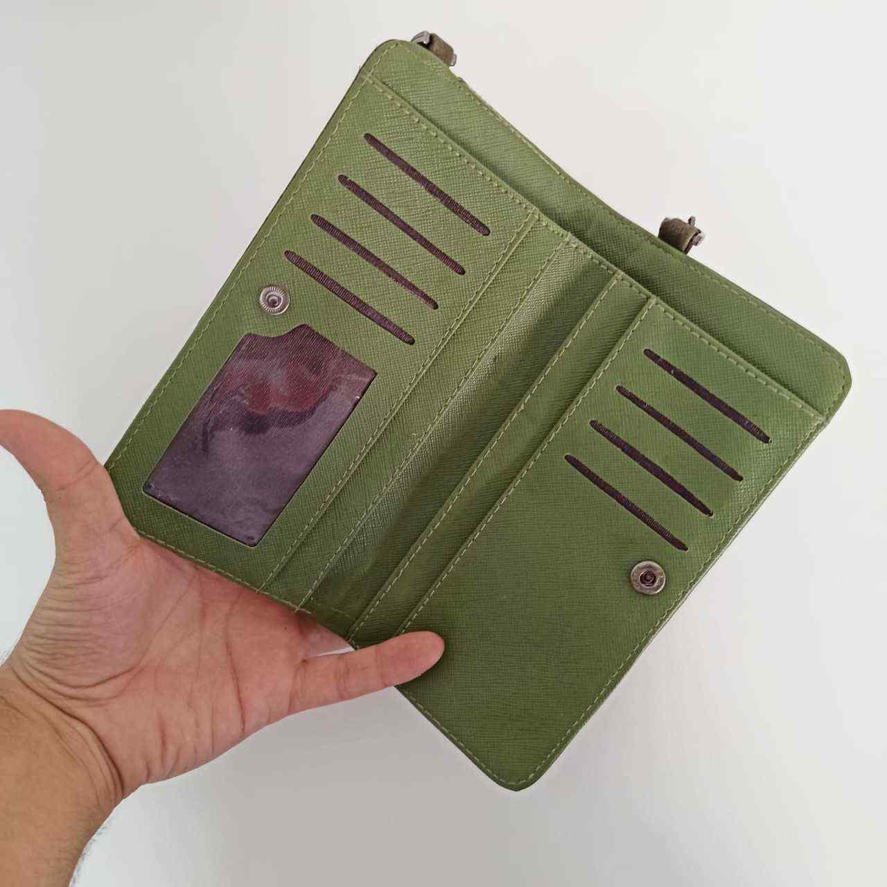 Yeşil Kapaklı Telefon Bölmeli Polo Kadın Cüzdanı